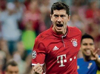 Zwycięstwo Bayernu, gol Lewandowskiego