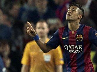 Szarpanina na treningu Barcelony (wideo)