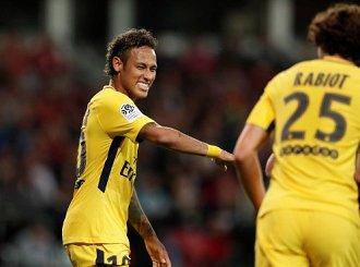 Barcelona pozwała Neymara